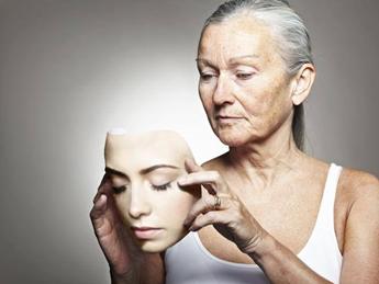 età avanzata invecchiamento